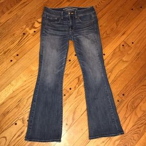AMERICAN EAGLE KICK BOOT CUT JEANS 6 S WOMENS